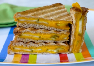 Grilled-Cheese-Pickle